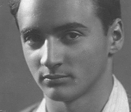 Val Ginsburg as a young man in Lithuania, before the Holocaust. (c) HSFA.