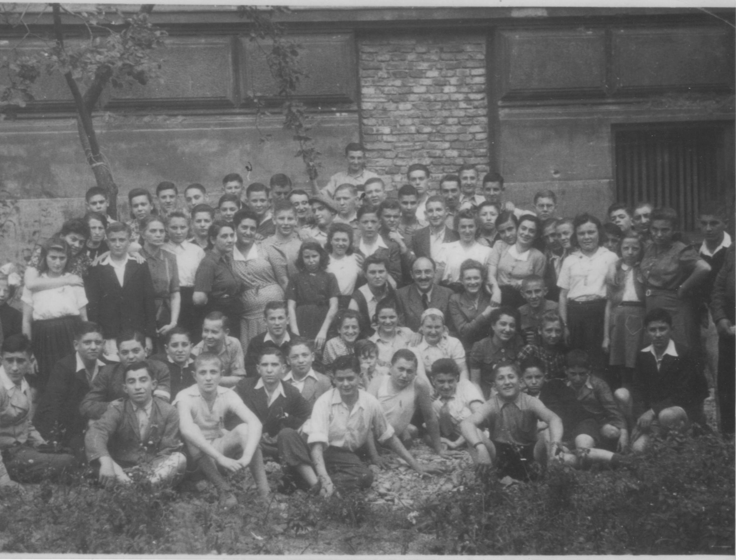Group of child survivors photographed in Prague